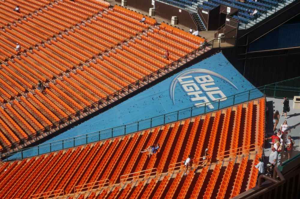 2013 Aloha Stadium Installs | Peterson Sign Company